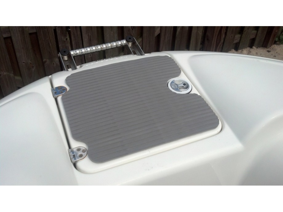 Hydroturf Anchor Locker Mat 2006-2011 210/212 Models